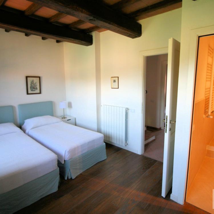 Schlafzimmer / En Suite