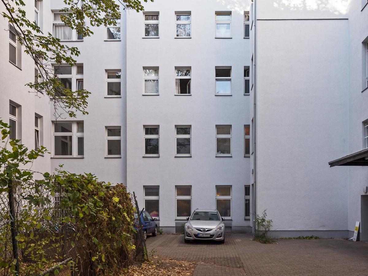Courtyard   Erasmusstraße