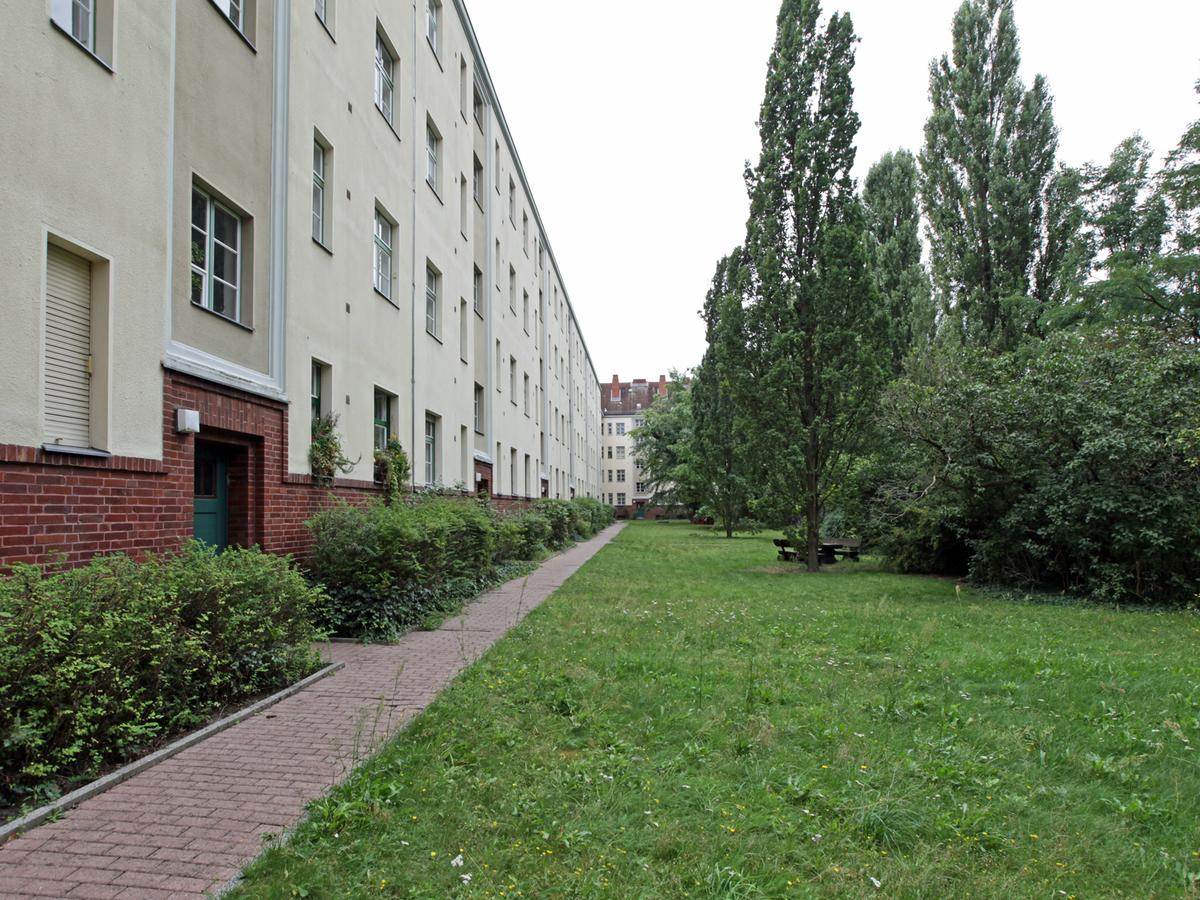 Courtyard view | Ostender Straße