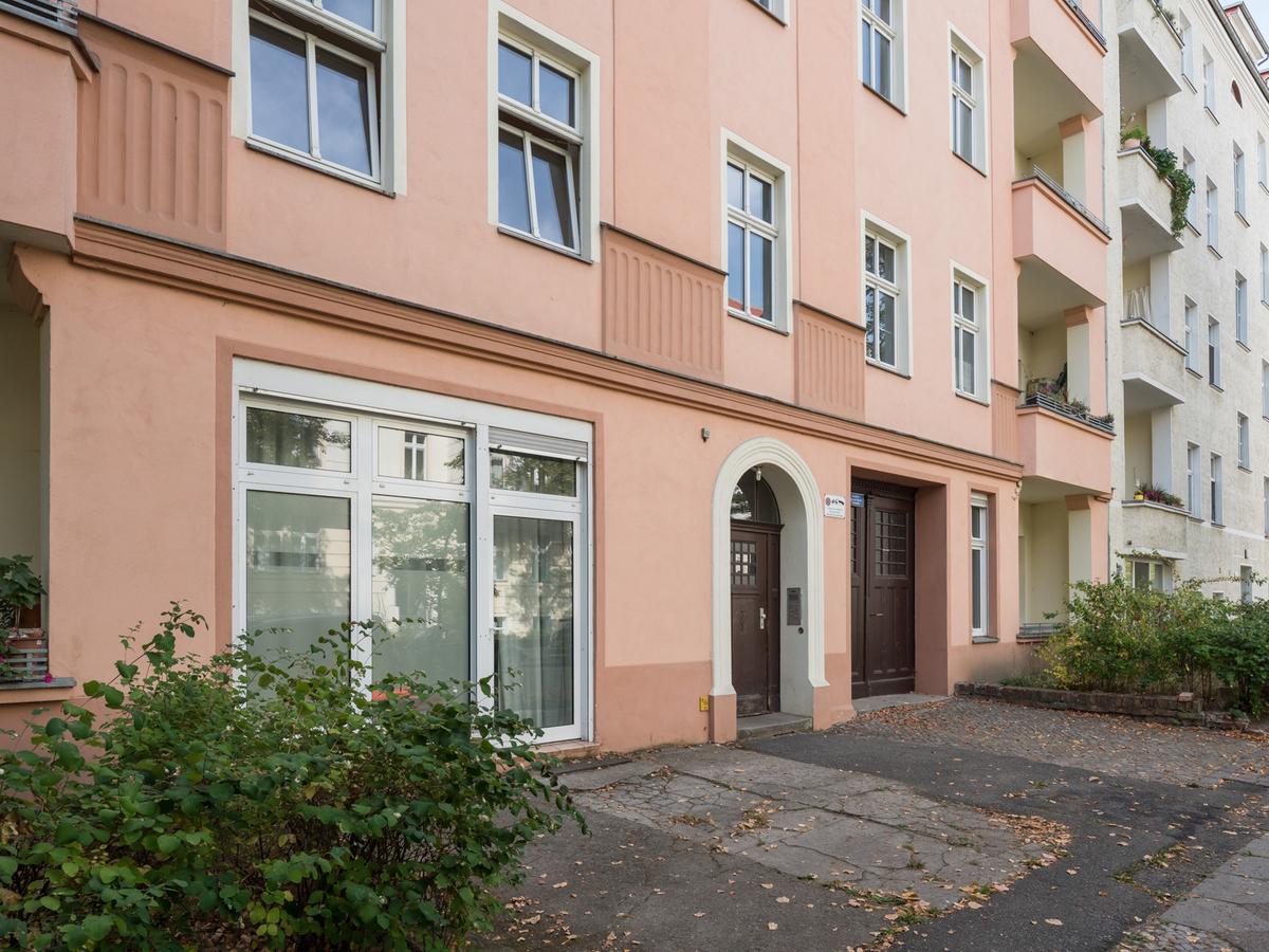 Hauseingang + Gewerbeeinheit | Binzstraße