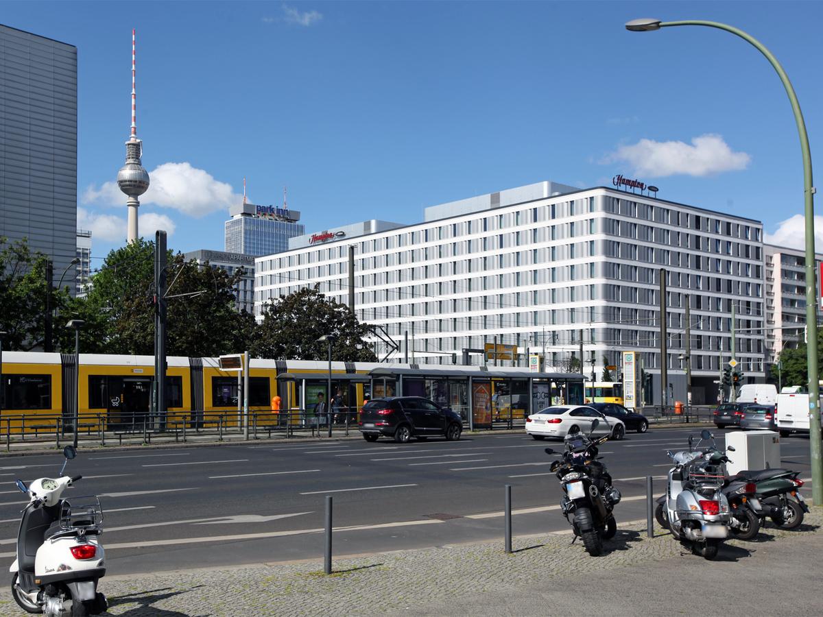 Otto-Braun-Straße | Mollstraße