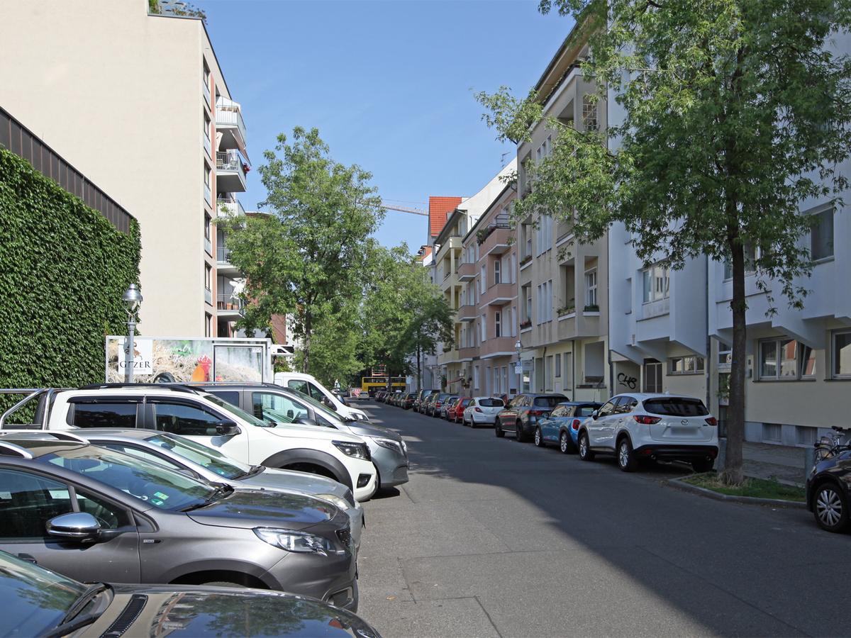 Straßenansicht | Niebuhrstraße