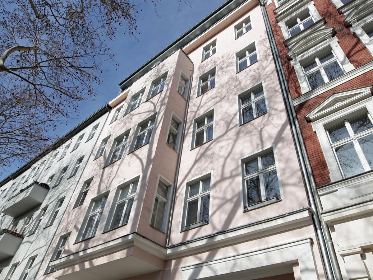 Classical Berlin old building | Dieffenbachstraße