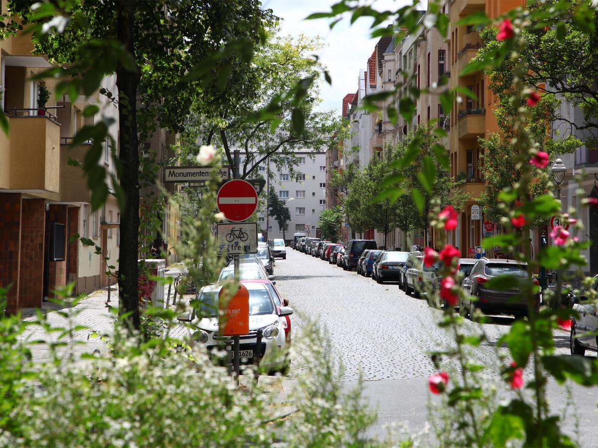 Seitenstraße | Monumentenstraße