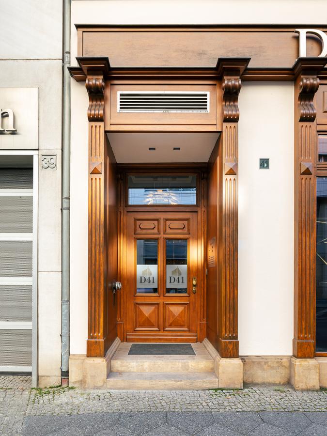 Außenbereich Tür | Dorotheenstraße