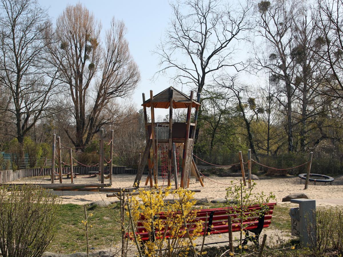 Spielplatz im Lützelsteiner Weg | Clayallee
