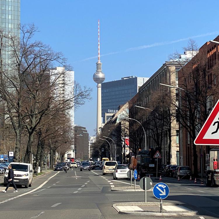 Kreuzberg - Mitte - Bezugsfreies City-Apartment