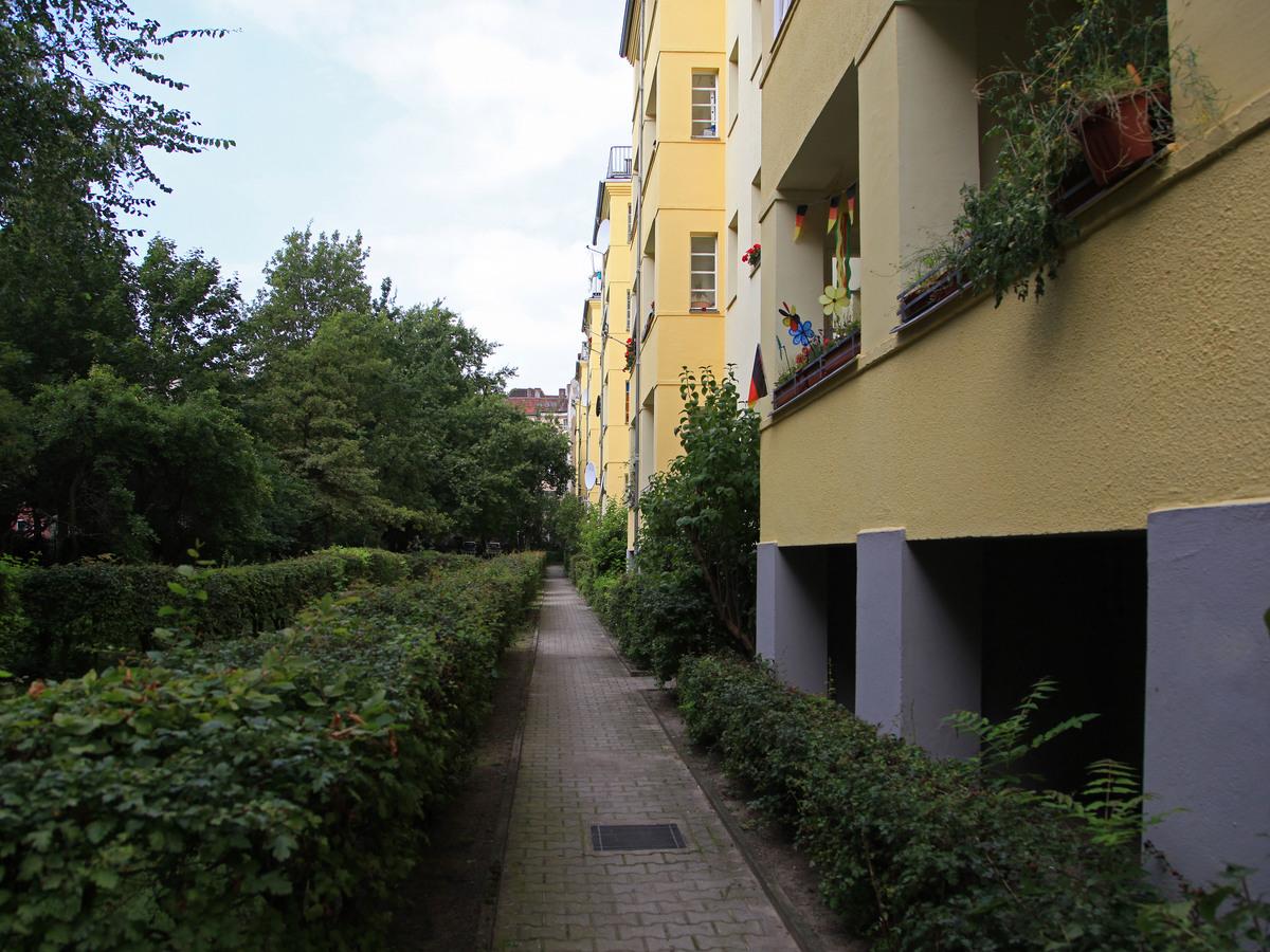 Hertastraße Neukölln Hof | Silbersteinstraße
