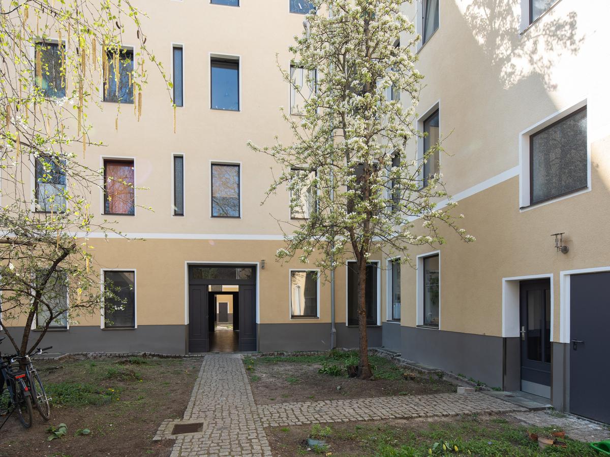 Courtyard | Reuterstraße