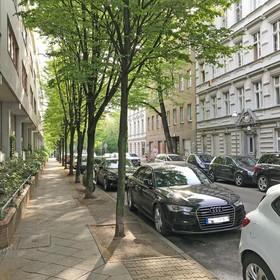 Grüne Wohnstraße