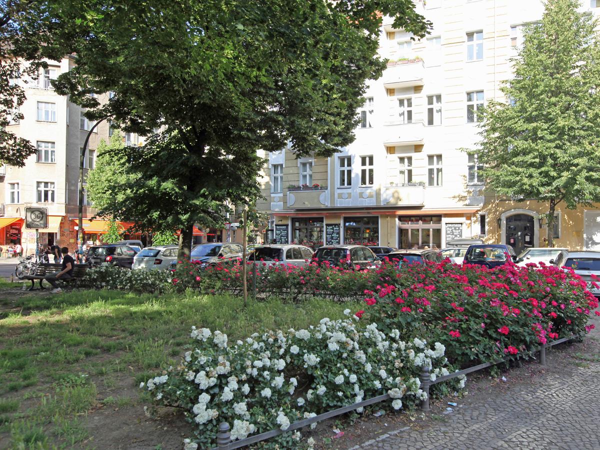Mitten im Kiez | Dirschauer Straße