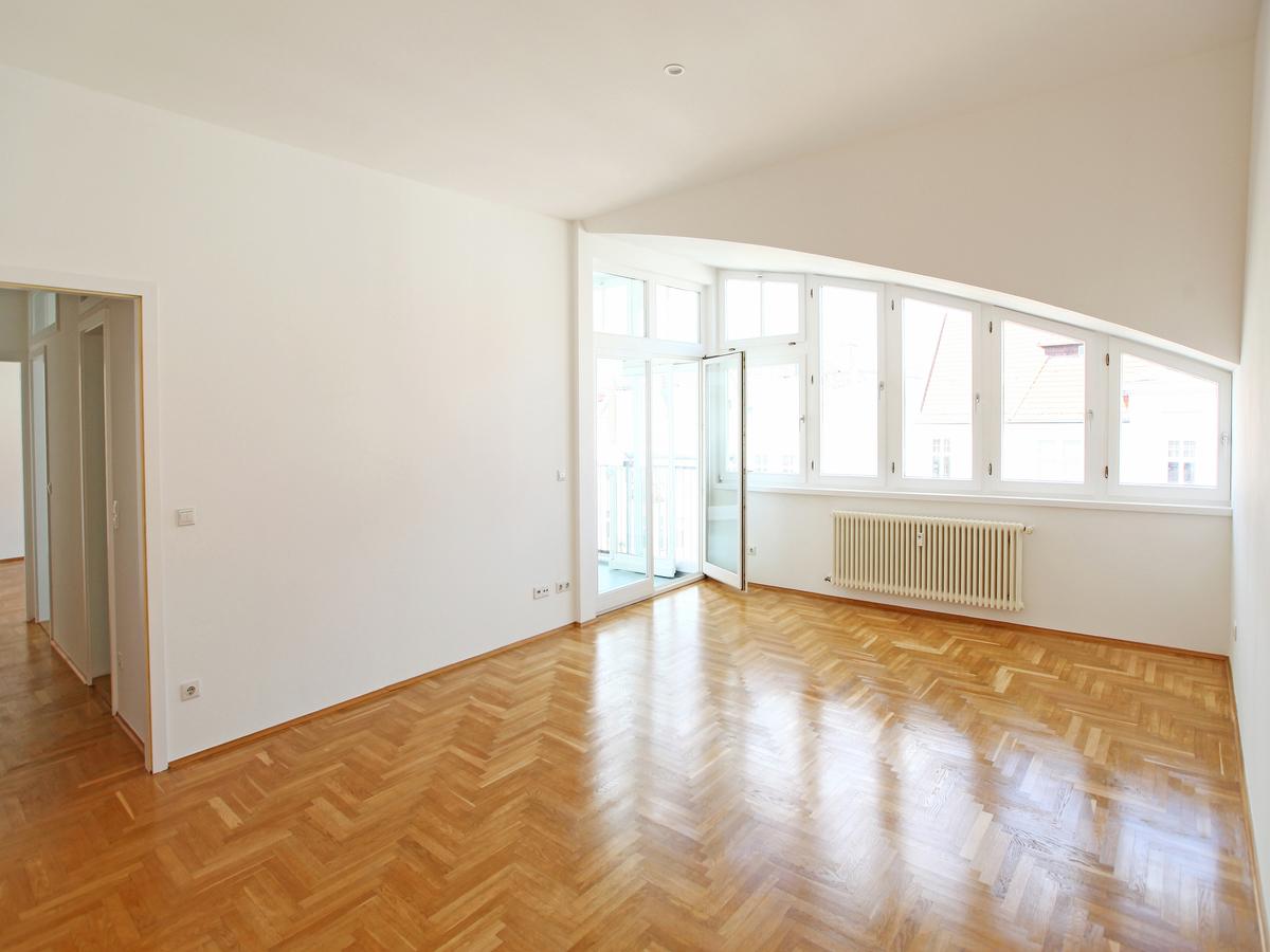 Room 2 | Schlesische Straße
